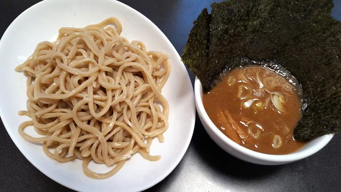 tomita-tsukesoba3