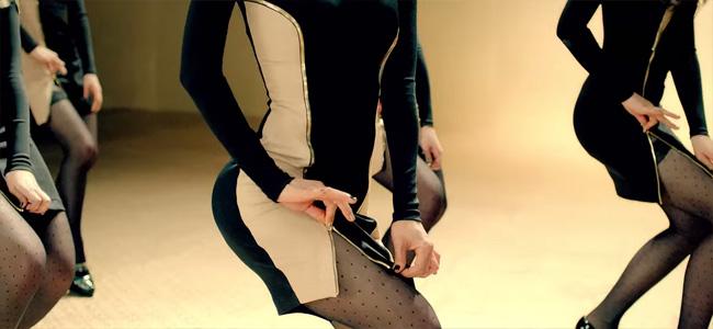 aoa_miniskirt10